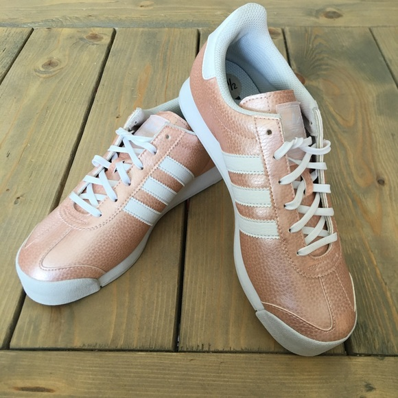 cheap for discount 1aec8 cf295 adidas Shoes - NWOT Adidas Rose Gold Samoa Sneakers
